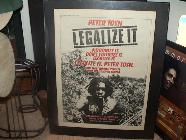 legalize_it_poster.jpg